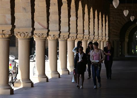 Mba Fellowship Stanford by Students Can Earn A Free Mba From Stanford If They Agree