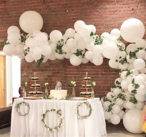 Elegant Organic White Balloon   Order Online Now in DUBAI