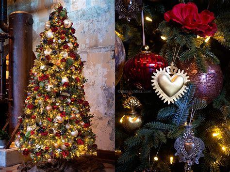 emma christmas tree 2217 statue of design