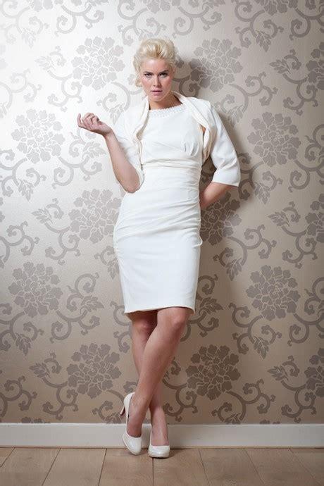 Hochzeitskleid Etuikleid by Brautkleider Etuikleid