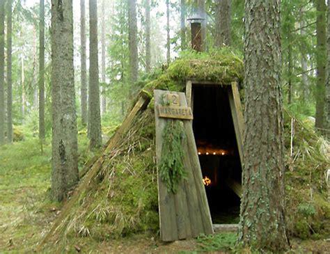 wild eco lodge: sweden's primitive kolarbyn   wilderutopia.com