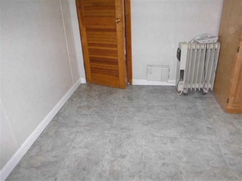 waterproof basement flooring in si