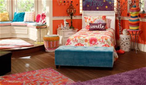 liv and maddie room article