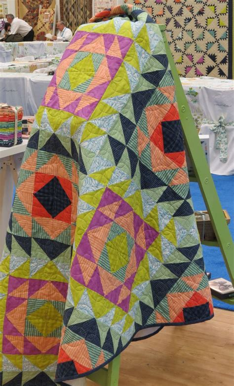 Triangle Patchwork Quilt Patterns - 55 best half square triangle quilts images on