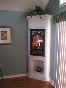 Small Fireplaces For Small Spaces by Small Bedroom Fireplace C B Home Decorating