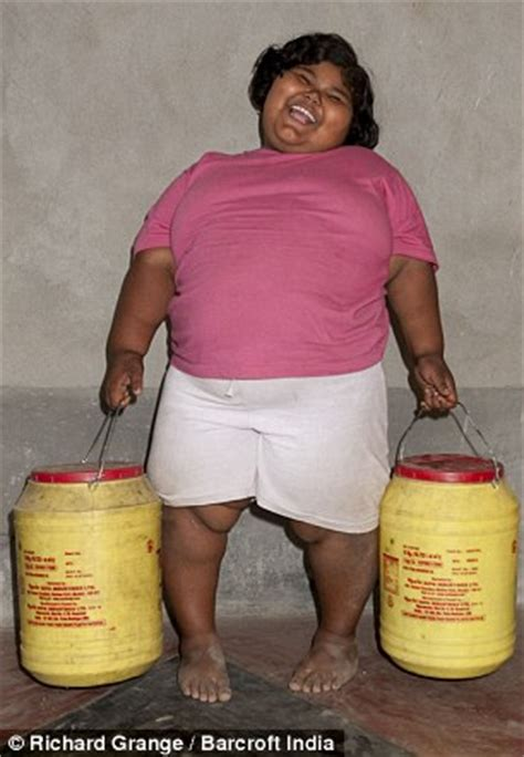 world's fattest girl, 6, scoffs enough food each week to