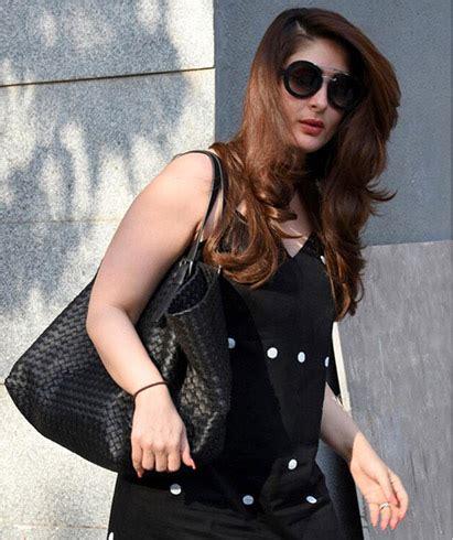 Gamis Kareena Polka Dress Black By Yasmeera Gamis Katun Jepang Hq kareena kapoor shows how to wear black this summer