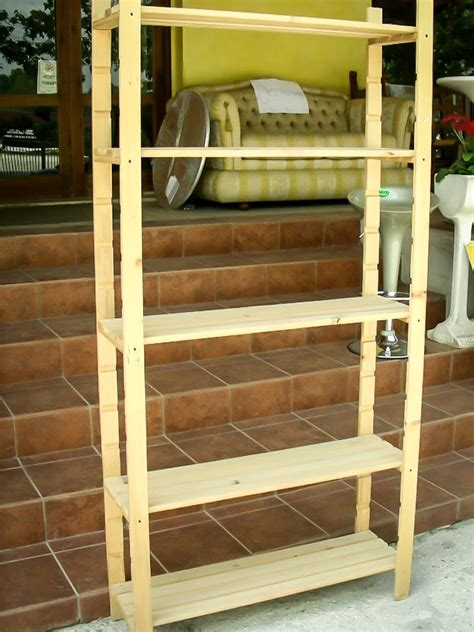 scaffali di legno scaffali in legno f a m alberoidea