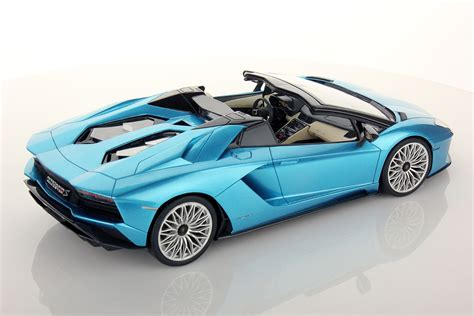 new lamborghini aventador s roadster lamborghini aventador s roadster 1 18 mr collection models