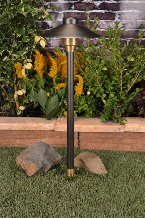 Volt Landscape Lights 12 Volt Landscape Lighting Incandescent 4 Watt 12 Volt Tier Landscape Path Light Moonrays