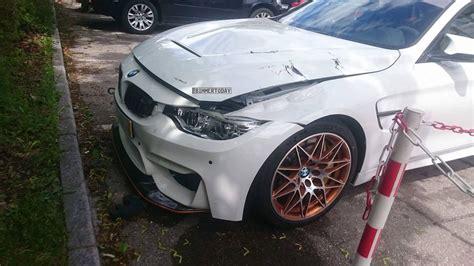 Bmw 1er Unfallwagen Kaufen by Bmw M4 Gts Damaged In A Crash