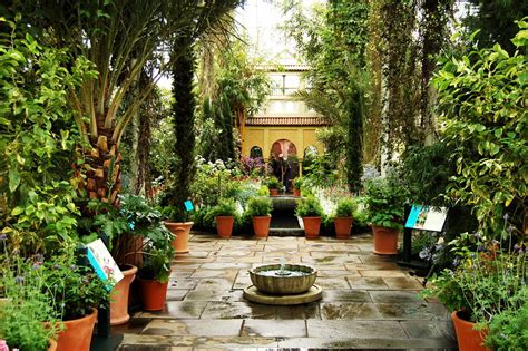 beautiful backyard spanish gardens the new york botanical garden
