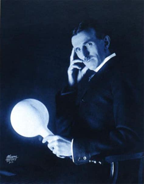 Nikola Tesla Na Srpskom Da Li Nikola Tesla Može Biti Proglašen Za Sveca Depo Portal