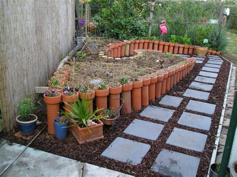 terracotta garden wall 1000 images about terracotta on gardens pvc