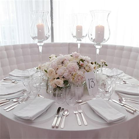 simple wedding centerpieces for round tables wedding and