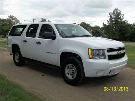books on how cars work 2009 chevrolet suburban electronic toll collection purchase used 2009 chevrolet suburban 2500 4x4 ls 6 0l 10k below book in russell kansas