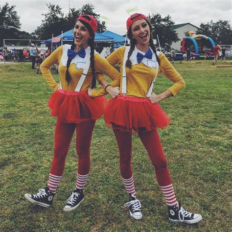 best 25 clever costumes ideas on 24 genius bff costume ideas you need to try