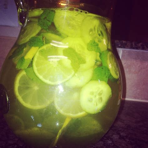 Lemon And Lime In Water Detox by Cheap Detox Water Lemon Lime Cucumber Mint Trusper