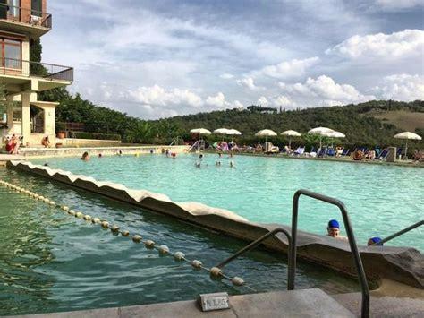 piscina bagno vignoni waterfalls picture of piscina val di sole bagno vignoni
