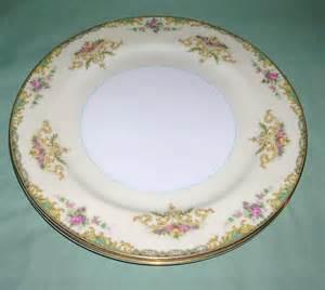 Classic China Patterns by Vintage Noritake China Gloria Pattern 2 Dinner Plates Circa