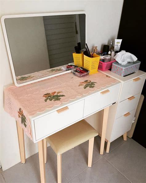Meja Kayu Sederhana 27 model meja rias minimalis modern terbaru 2018 dekor rumah