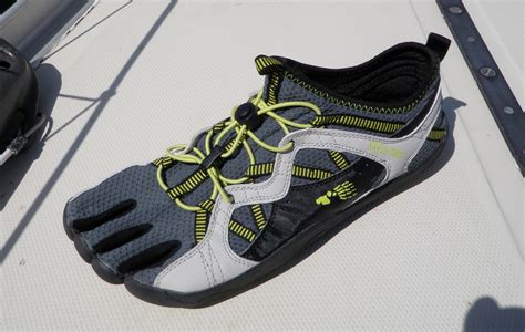 best boat shoes for sailing women s best boat shoes for sailing select your shoes