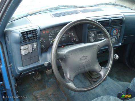 1994 Chevy S10 Interior by 1995 Bahama Blue Metallic Chevrolet S10 Ls Extended Cab