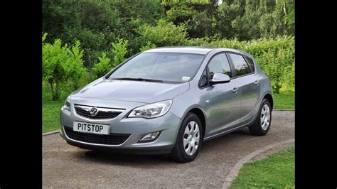 vauxhall astra   dr  sold  taylors pitstop