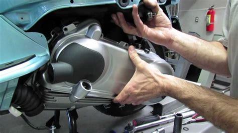 Lu Led Motor Vespa belt change variator clutch inspection vespa lx150 and
