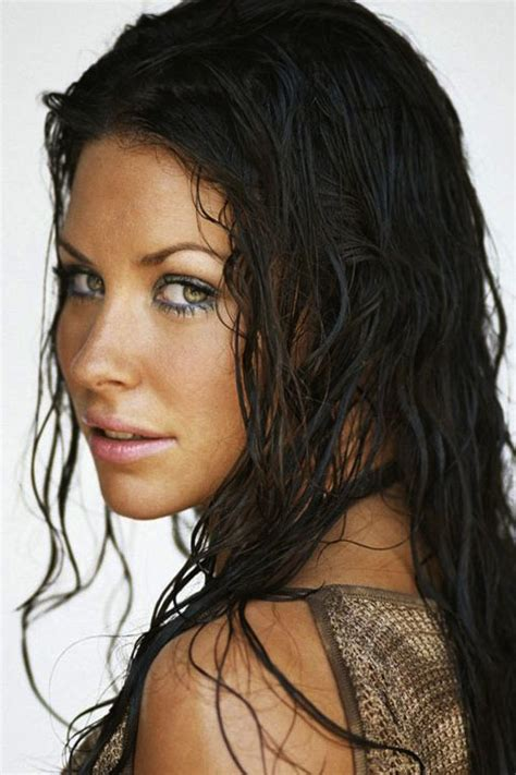 wet and messy hair look evangeline lilly newdvdreleasedates com