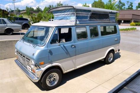 sell   reserve auction  ford econoline club