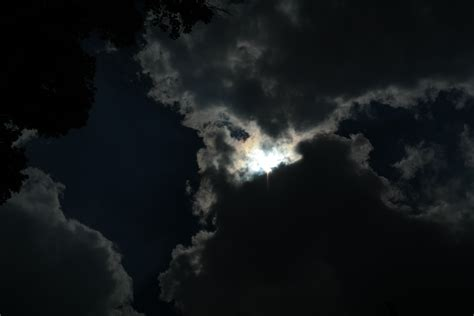 wallpaper awan aneh gambar awan menyeramkan gambarrrrrrr
