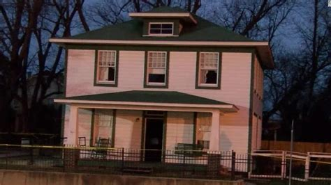 bill clinton home bill clinton s first home damaged in suspected arson