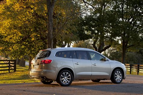buick enclave 2016 2016 buick enclave adds onstar 4g lte connectivity