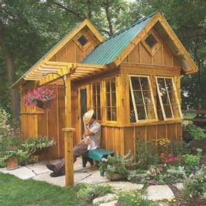 Backyard Cottage Designs Best 25 Guest Cabin Ideas On Pinterest