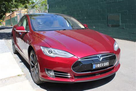 Tesla Limited Edition 2014 Tesla Model S P85 Signature Edition Signature
