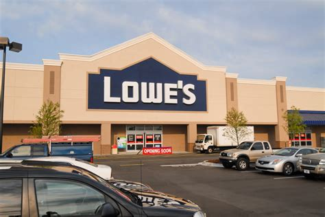 Lowe S Home Improvement Corporate Office by Lowe S Home Improvement Retail Construction Donahuefavret
