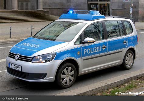 Bewerbungsfrist Landespolizei Berlin Einsatzfahrzeug B 7889 Vw Touran Fustw Bos