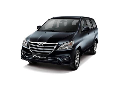 Toyota Kijang Innova G toyota kijang innova 2013 g type