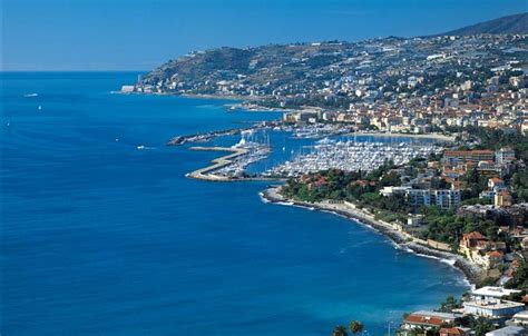 Badmöbel Set San Remo by San Remo Hotel And Accommodation For Your By Car