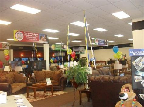 Aarons Furniture Store Hours by Aaron S In Fulton Mo Service Noodle