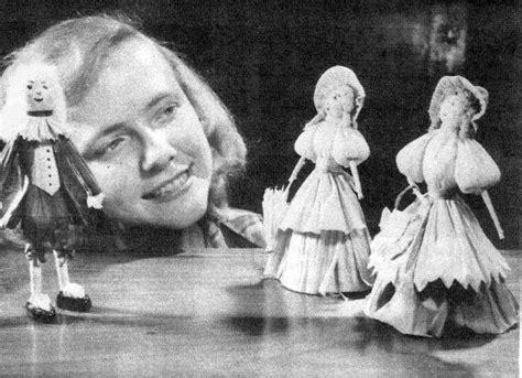 value of corn husk dolls make traditional apple and corn husk dolls sell doll