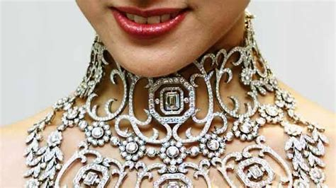 Top 10 Most Expensive Necklaces in the World ~ Turbo Let's Go!