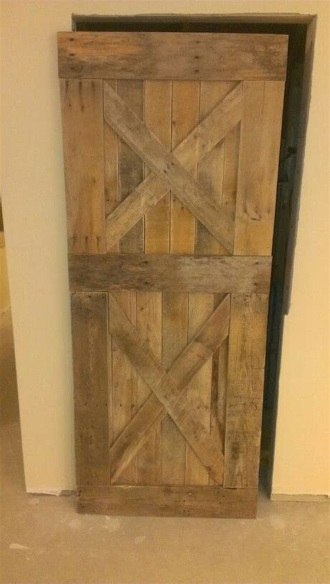 barn door from pallets bbq