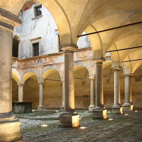 besta sondrio 17 best images about cultura on loreto cases