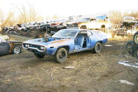 Shell Garage Plymouth by 1000 Images About Junk Yard Cars On Charger