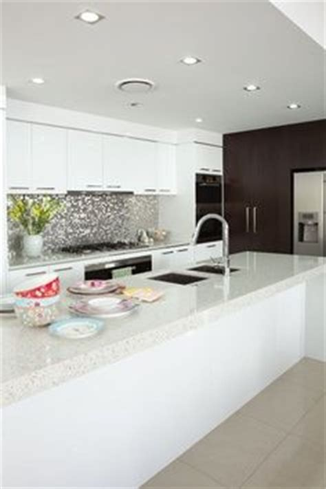 grey patterned splashback 1000 images about kitchen on pinterest white kitchens