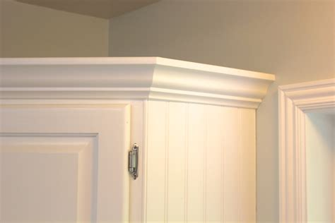 Molding For Kitchen Cabinets by Crown Molding For Cabinet Doors Home Furniture Decoration