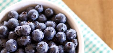 how to make pickled blueberries what you can do with them 171 food hacks daily