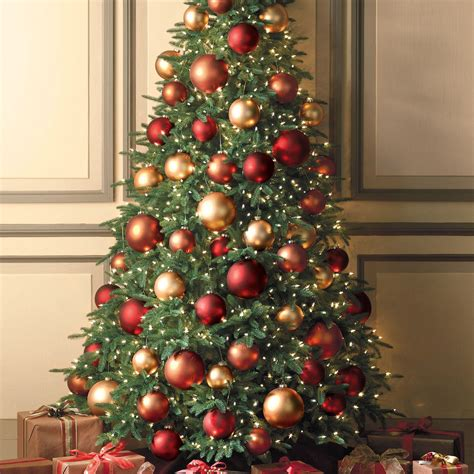 Attractive Lifelike Artificial Christmas Trees #9: Flat-back-christmas-tree-2.jpg